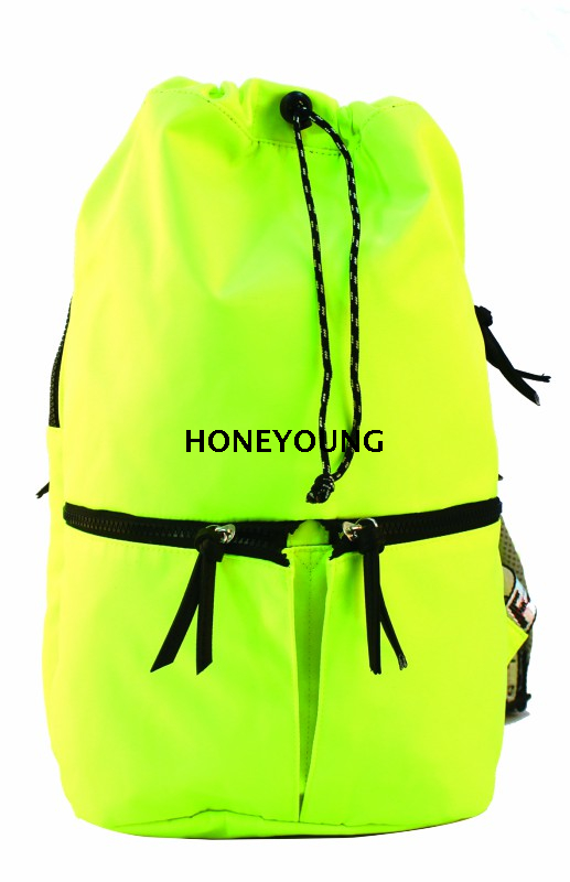 Cool Sport Style inside All Use Lining Fabric,Resin Zipper,pu Zipper Tie 290D Travelling Backpack